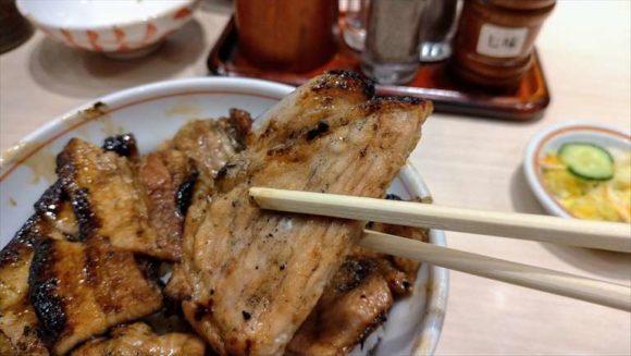 豚丼いっぴんの豚肉