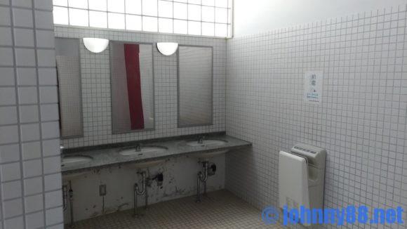 豊浦海浜公園キャンプ場のトイレ