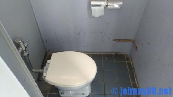 浜益川下海浜公園のトイレ