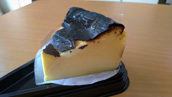 コッコテラスおすすめ⑤バスクチーズケーキ