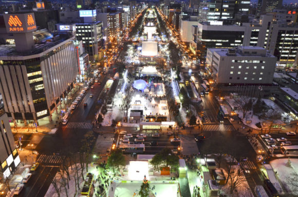 さっぽろテレビ塔から見た雪祭り