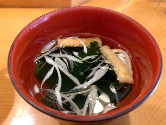 大船鮨(西区)おすすめランチ海鮮丼(生ちらし)