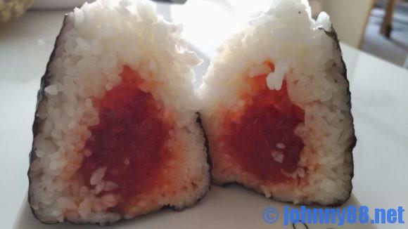 佐藤水産の海鮮おむすび(手まり筋子)