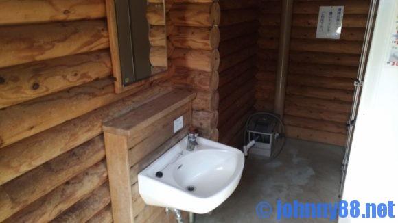 厚田公園キャンプ場トイレ