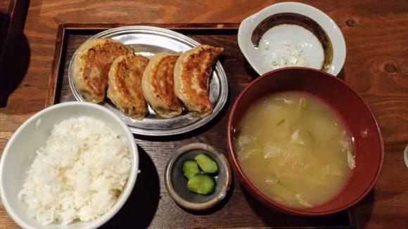 大粒餃子定食
