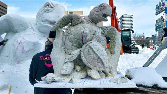 さっぽろ雪祭り「大通公園11丁目」国際雪像コンクール2日目