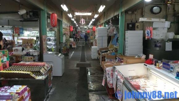 海の駅ぷらっとみなと市場の店内画像