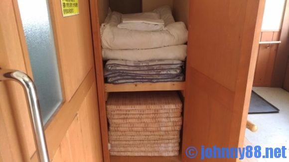 オートリゾート苫小牧アルテンのデッキハウス寝具