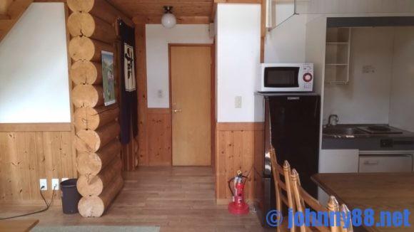 オートリゾート苫小牧アルテンのログハウス6人用内部