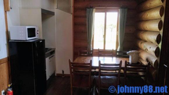 オートリゾート苫小牧アルテンのログハウス台所