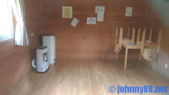 ポロトの森キャンプ場バンガロー室内画像