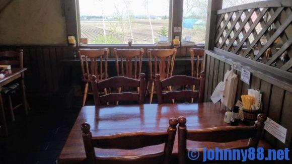 キッチンファームヤード2階レストラン