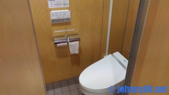 北海道立宗谷ふれあい公園オートキャンプ場キャンパーズハウスのトイレ
