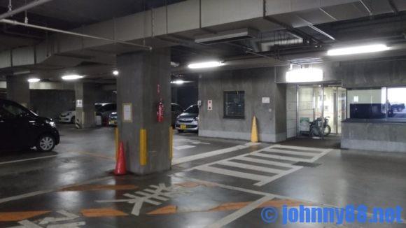 厚別区役所駐車場