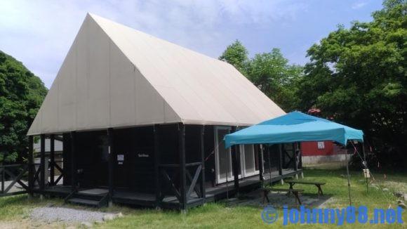 朝里川温泉オートキャンプ場のテントハウス