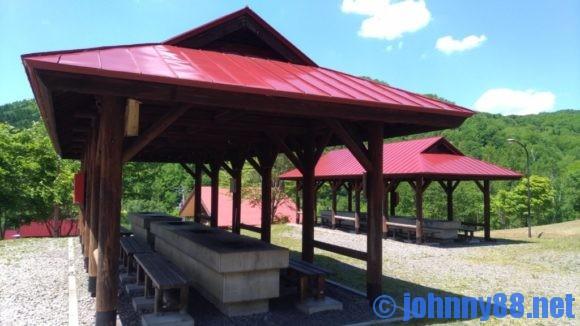 旭川市21世紀の森キャンプ場ファミリーゾーンのバーべーキューハウス