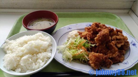 手稲区役所食堂のメガザンタレ定食