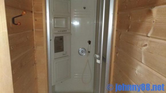 歌才オートキャンプ場ル・ピックのシャワー
