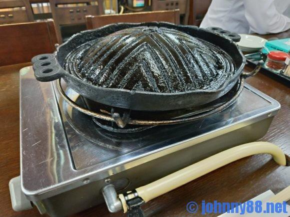 ふくろう亭のジンギスカン鍋
