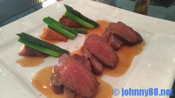 牛肉のカットステーキ