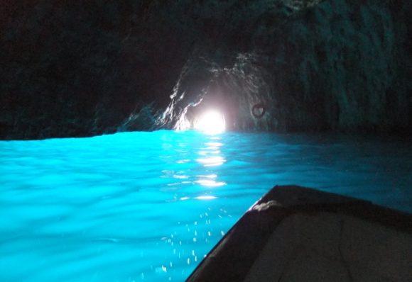 小樽青の洞窟クルージング