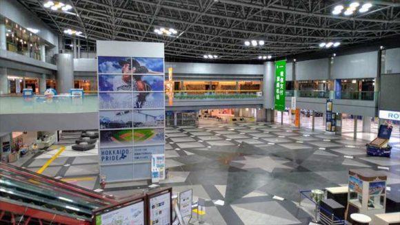 深夜の新千歳空港