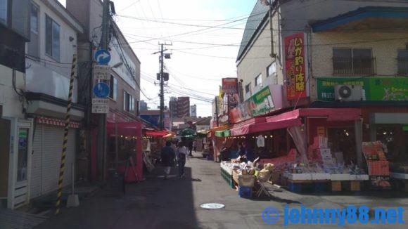 函館朝市内通路