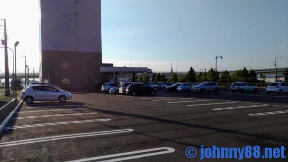 センチュリーマリーナ函館の駐車場