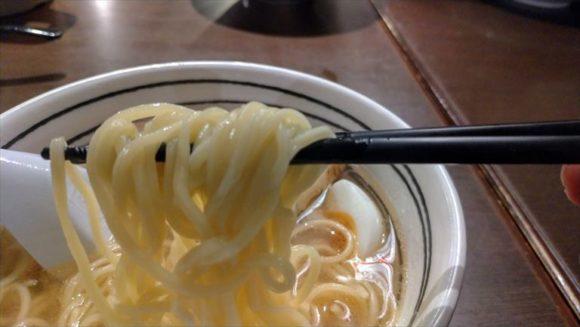 函館麺厨房あじさいの細ストレート麺