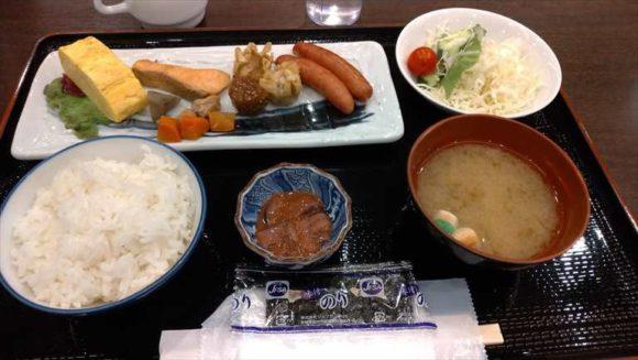 新千歳空港温泉の無料朝食