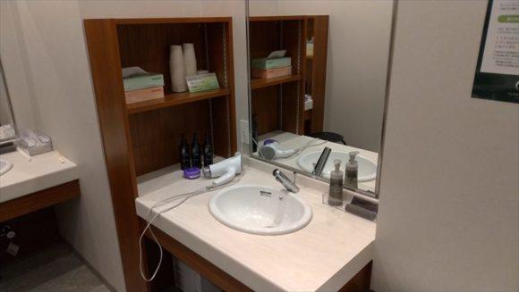 GARDENSCABINの洗面スペース