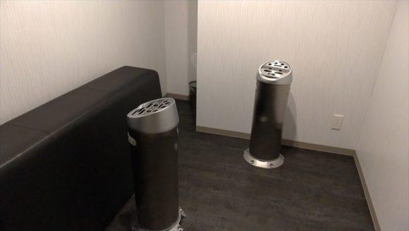 GARDENSCABINの喫煙室