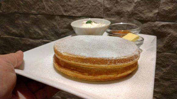 よつ葉ホワイトコージのパンケーキ