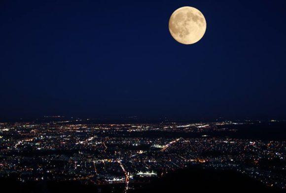 藻岩山から見た夜景