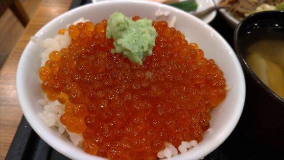 ドーミーイン札幌の朝食いくら丼