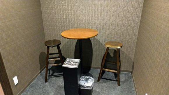 DICE札幌狸小路店の喫煙ルーム
