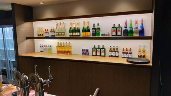 DICE札幌狸小路店のバー
