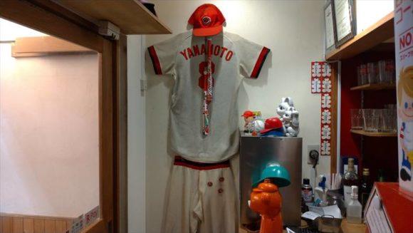 広島風お好み焼き ひなちゃん店内のユニフォーム