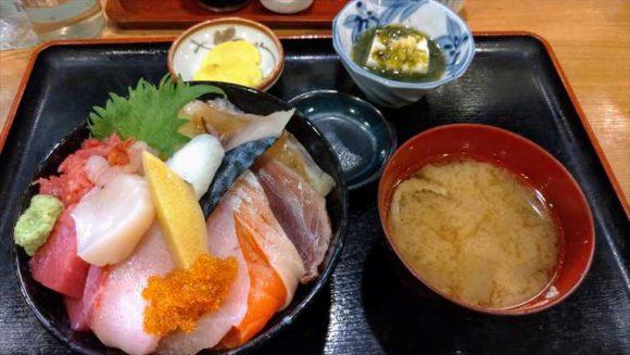 和処さゝ木(札幌寿司・海鮮丼おすすめ)のランチ生ちらし定食