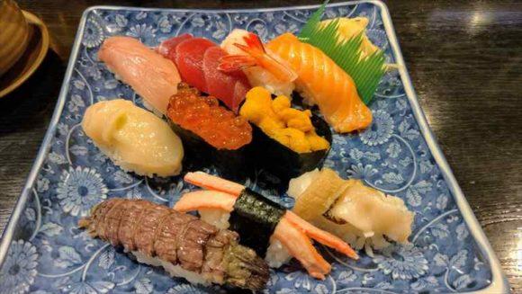 魚真(小樽おすすめ寿司)握り