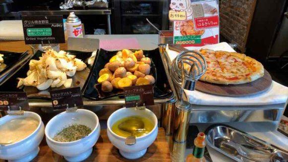 札幌ビューホテルランチブッフェのピザ