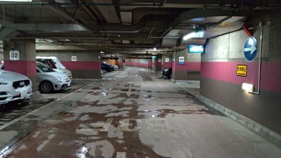 ANAクラウンプラザホテル駐車場
