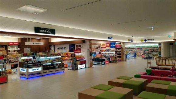 旭川空港2階ショッピングフロア