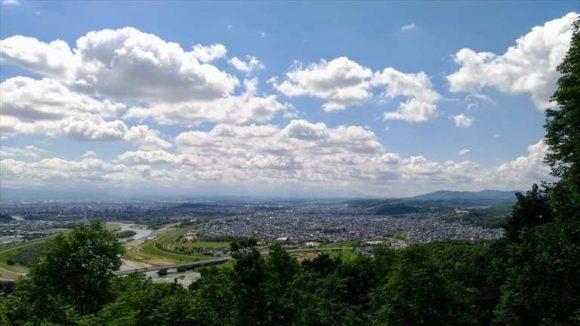 嵐山展望台から見た旭川市街地