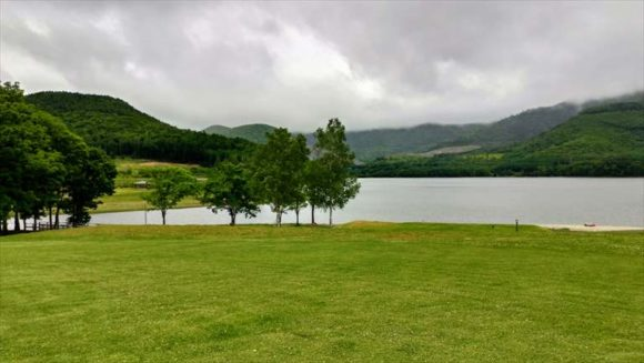かなやま湖畔キャンプ場(フリーサイト)