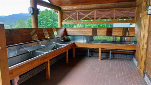 かなやま湖オートキャンプ場のトイレ