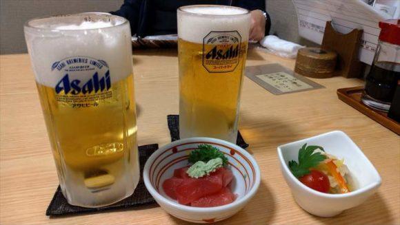 富良野福寿司のビール&お通し