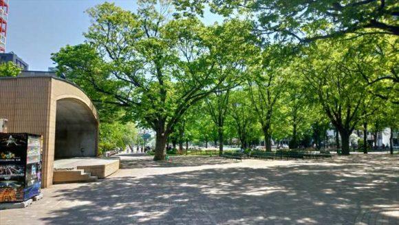 大通公園西6丁目の野外ステージ
