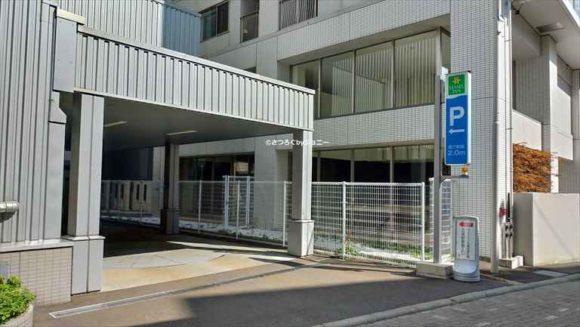 ベッセルイン札幌中島公園の駐車場
