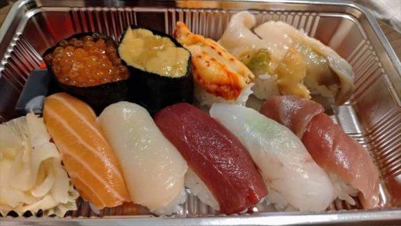 Wolt札幌で注文した生鮨